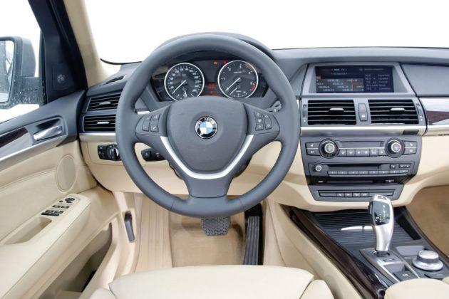 BMW X5 - deska rozdzielcza