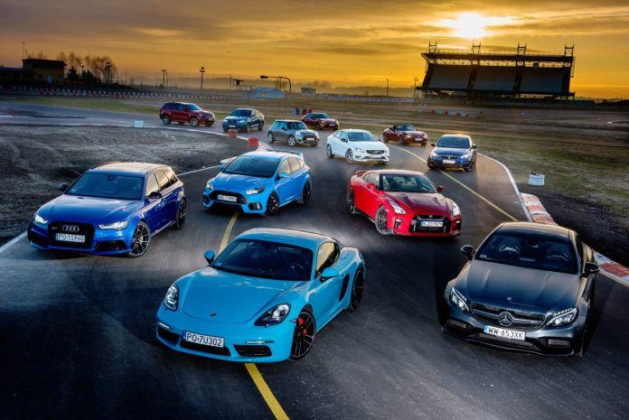 12 aut sportowych