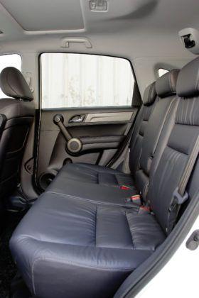 Honda CR-V - tylna kanapa