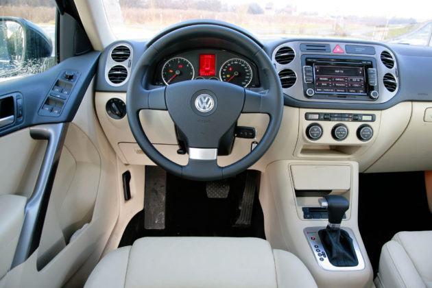 Volkswagen Tiguan - deska rozdzielcza