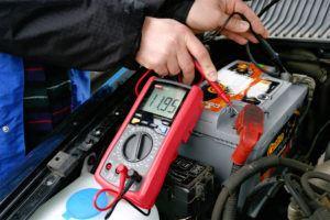 Kontrola napięcia akumulatora