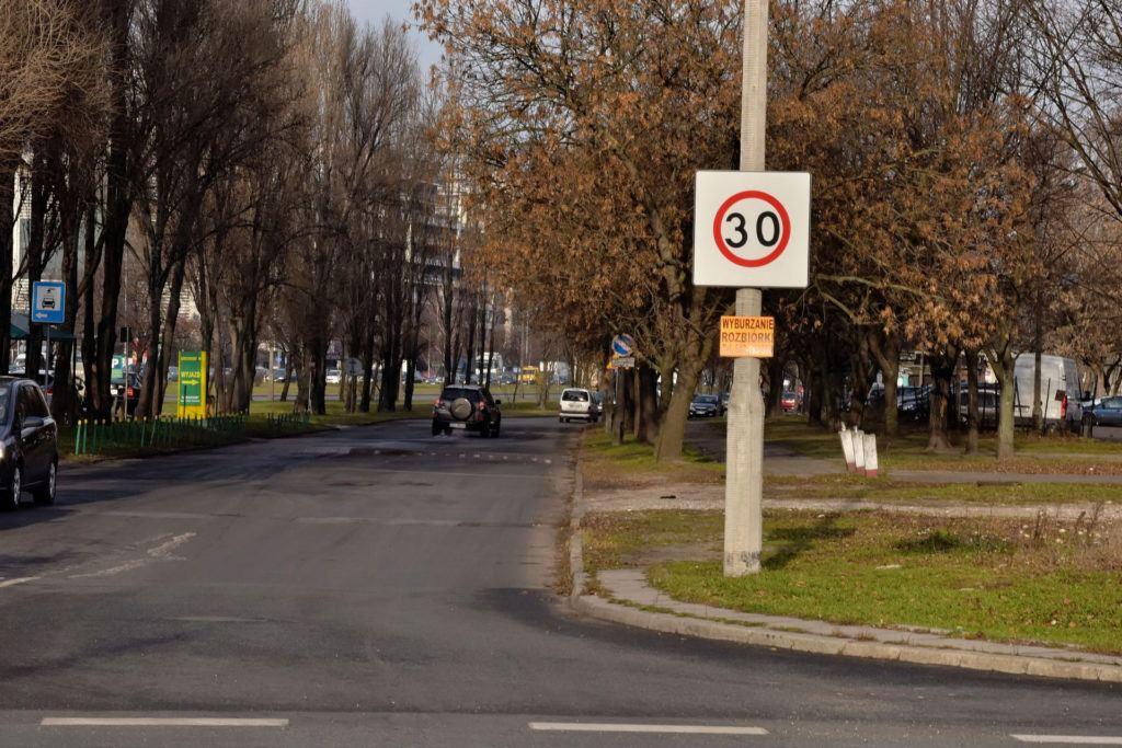 Strefa ograniczenia prędkości