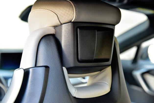 BMW i8 - zagłówek