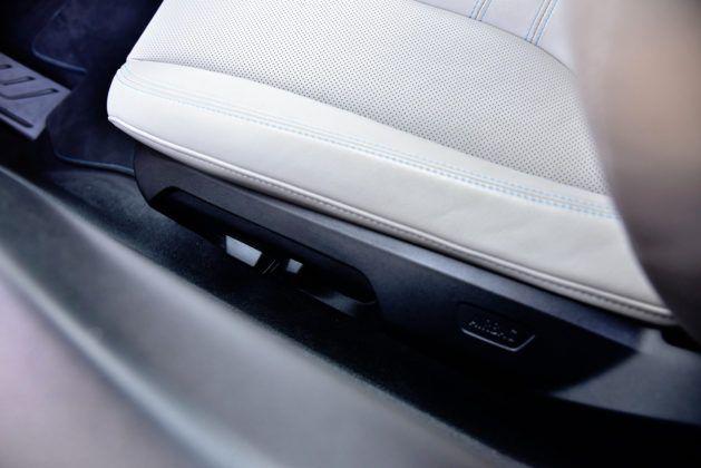 BMW i8 - sterowanie fotelem
