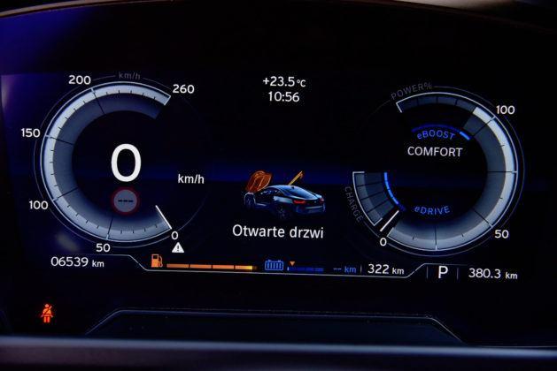 BMW i8 - wskaźniki