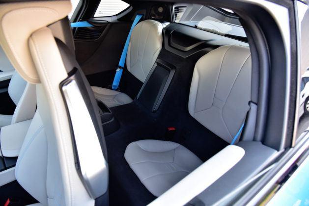 BMW i8 - miejsca z tyłu