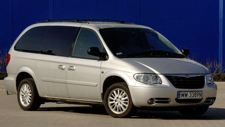 Chrysler Voyager - przód