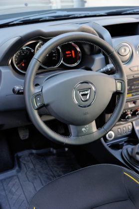 Dacia Duster - kierownica