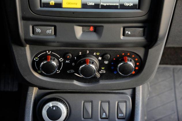 Dacia Duster - sterowanie nawiewem