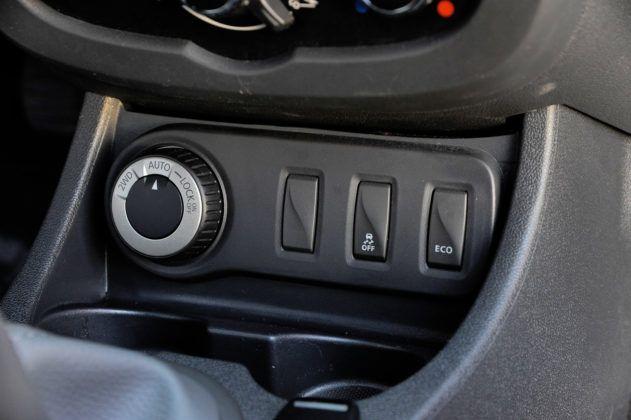 Dacia Duster - sterowanie napędem 4x4