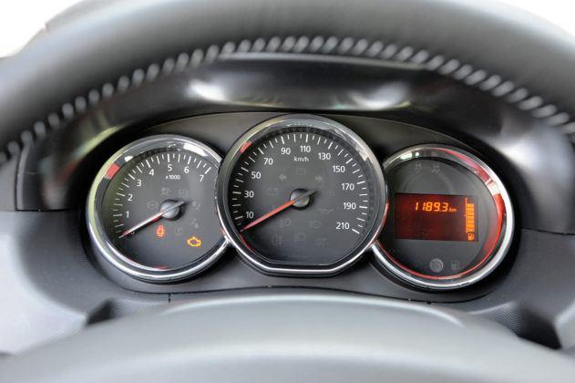 Dacia Duster - wskaźniki