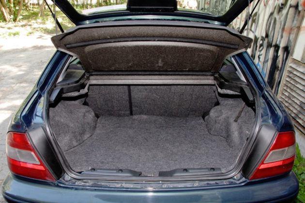 Honda Civic - bagażnik
