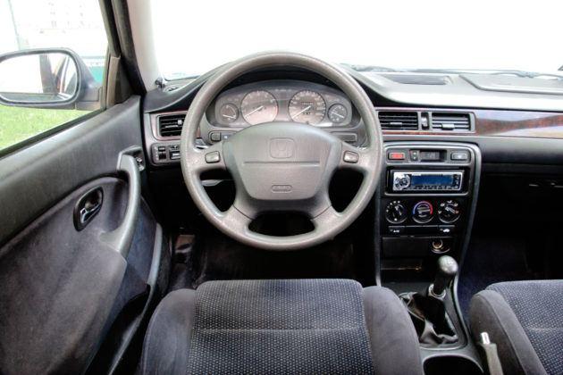 Honda Civic - deska rozdzielcza