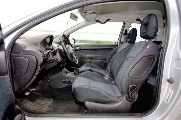 Peugeot 206 - fotel kierowcy