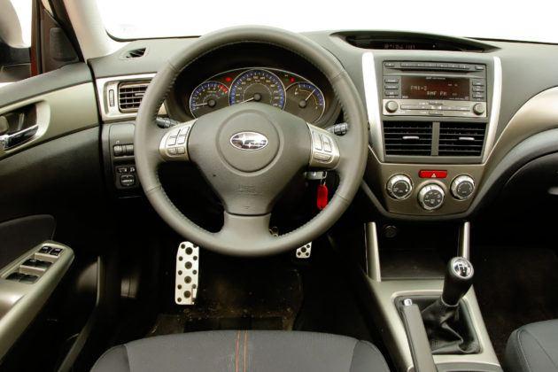 Subaru Forester (2008-2013) - deska rozdzielcza
