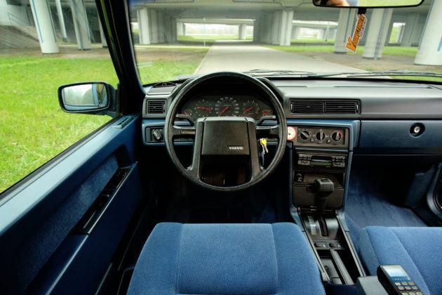 Volvo 940 - deska rozdzielcza