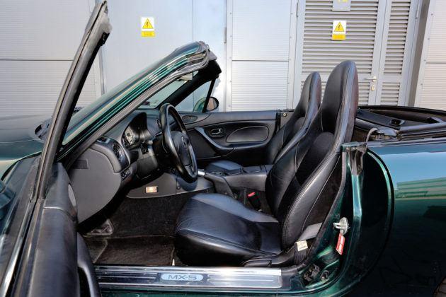 Mazda MX-5 - fotel kierowcy