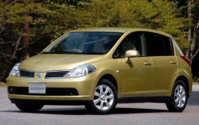 Nissan Tiida I