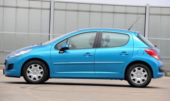 Peugeot 207 - bok