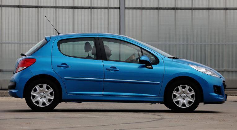 Używany Peugeot 207 - bok