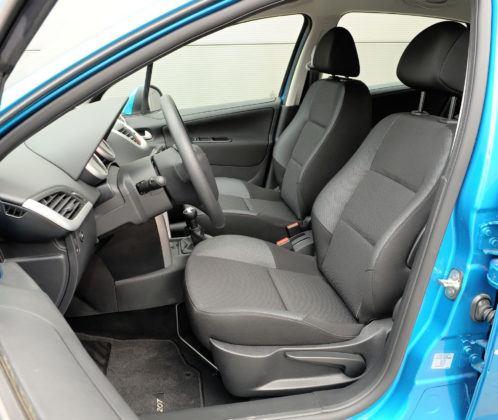 Peugeot 207 - fotel kierowcy