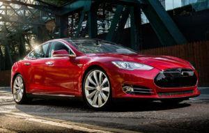 Tesla Model S - sylwetka