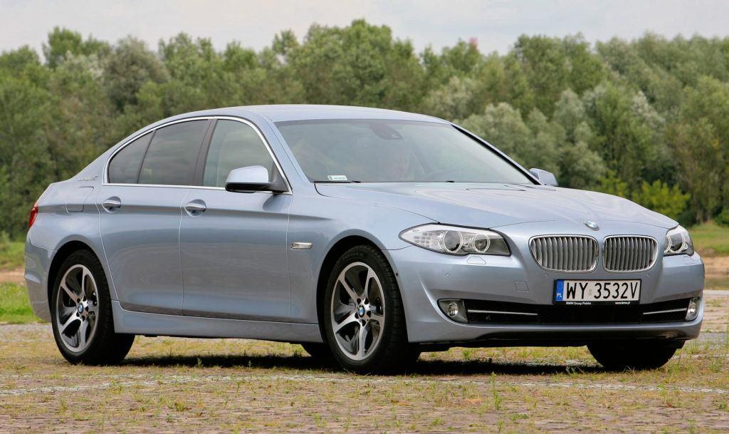 11 BMW serii 5 F10