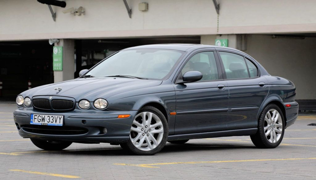 13 Jaguar X-Type