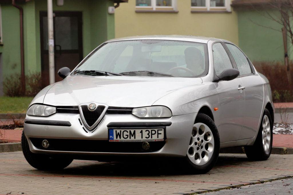 7 Alfa Romeo 156