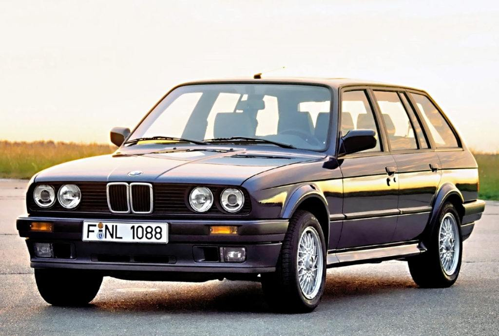 BMW E30 325 iX Touring
