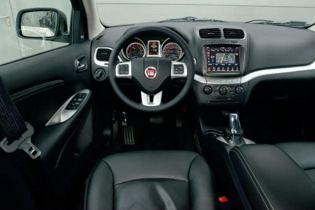 Fiat Freemont - deska rozdzielcza