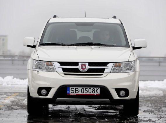 Fiat Freemont - przód