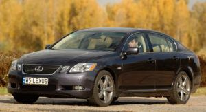 Klasa wyższa, najlepszy - Lexus GS