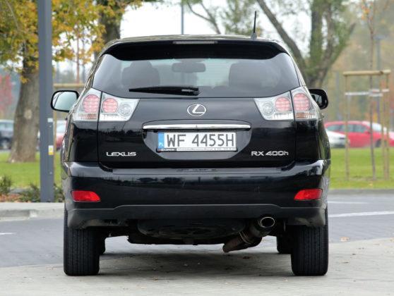 Lexus RX - tył