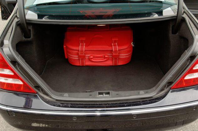 Mercedes Klasy C W203 - bagażnik