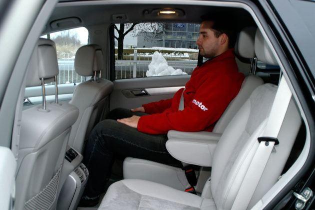 Mercedes Klasy R W251- tylna kanapa