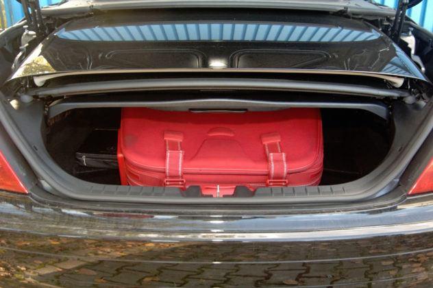 Mercedes SLK - bagażnik