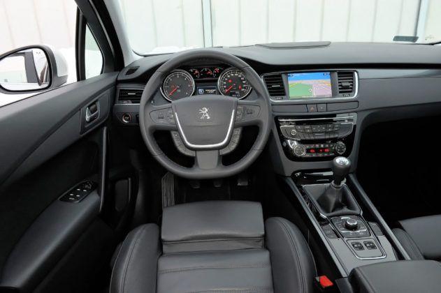 Używany Peugeot 508 - deska rozdzielcza