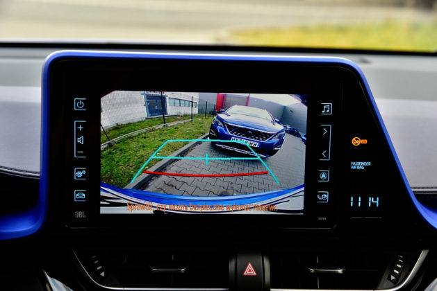 Toyota C-HR - kamera cofania