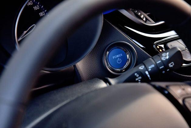 Toyota C-HR - przycisk Start
