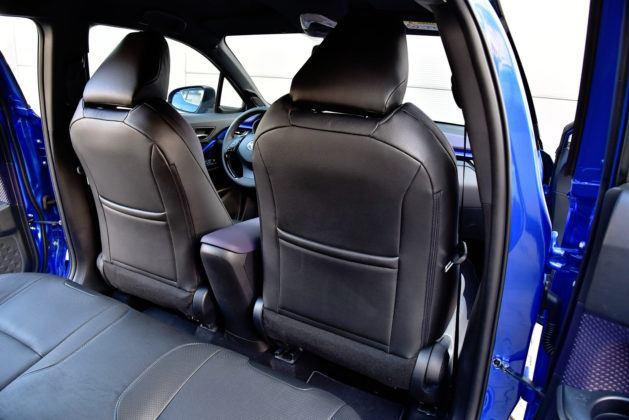 Toyota C-HR - tylna kanapa