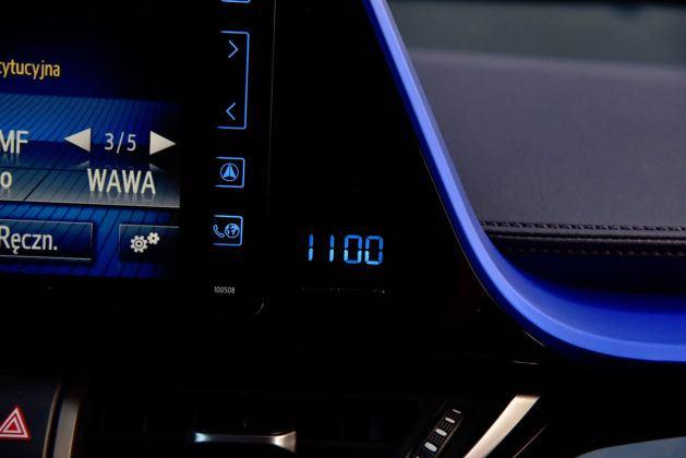 Toyota C-HR - zegarek
