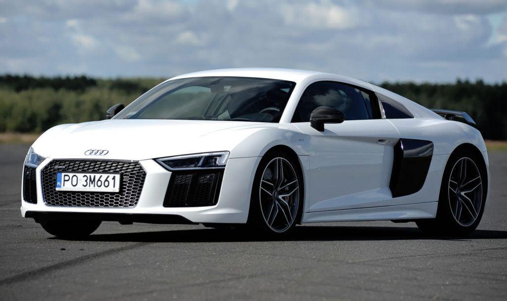 Auta sportowe - Audi R8 V10 plus