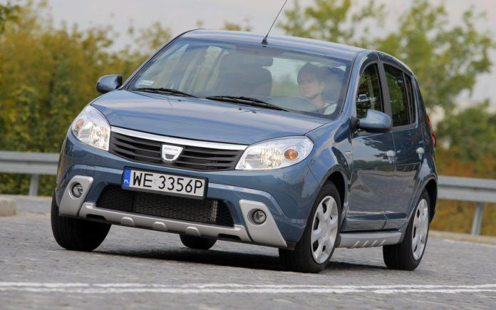 Dacia Sandero I - otwierające