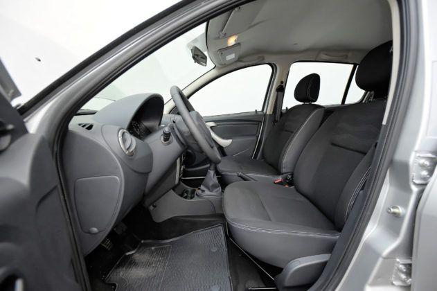Dacia Sandero - fotel kierowcy