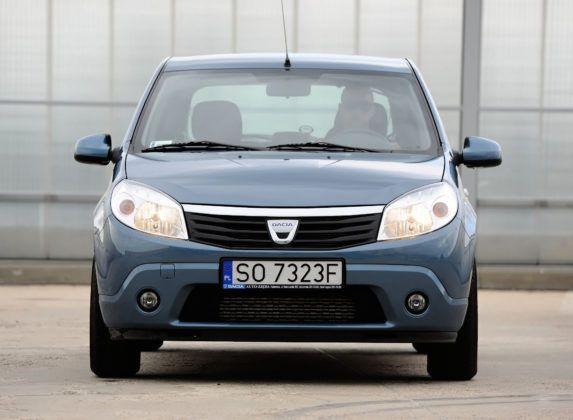 Dacia Sandero - przód