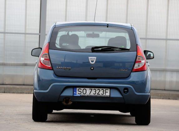 Dacia Sandero - tył