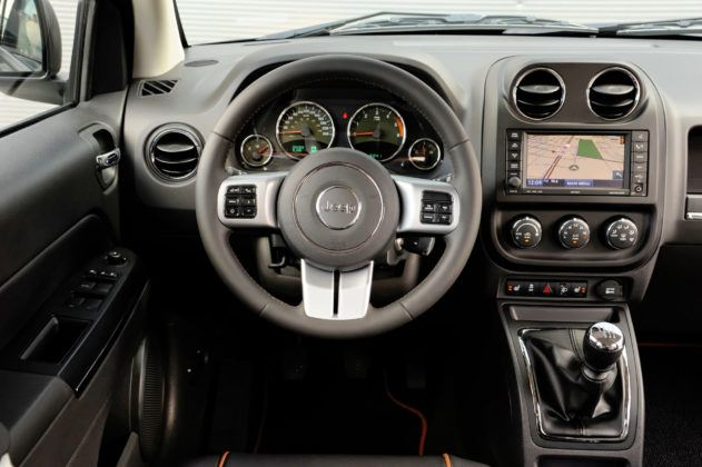 Jeep Compass - deska rozdzielcza