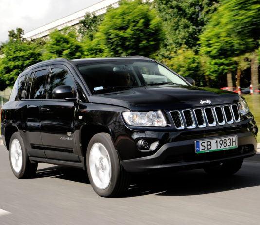 Jeep Compass - otwierające