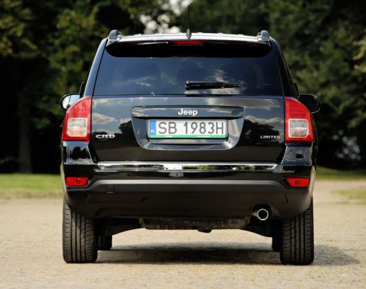 Jeep Compass - tył